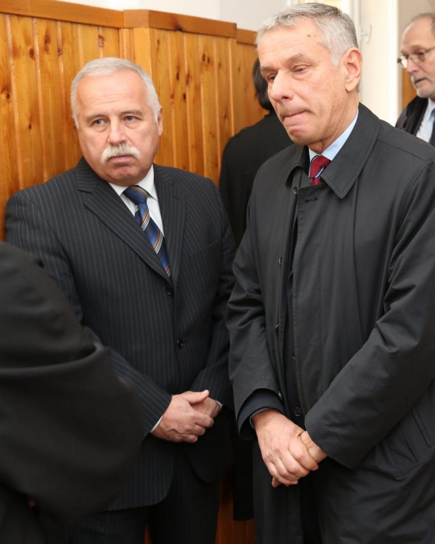 A Portik Tamással bizalmas kapcsolatban álló, a gyurcsányista elhárítást vezető Laborc Sándor szerint 2007-2009 között nem jött olyan politikai megrendelés, hogy meg kell figyelni az ellenfelet