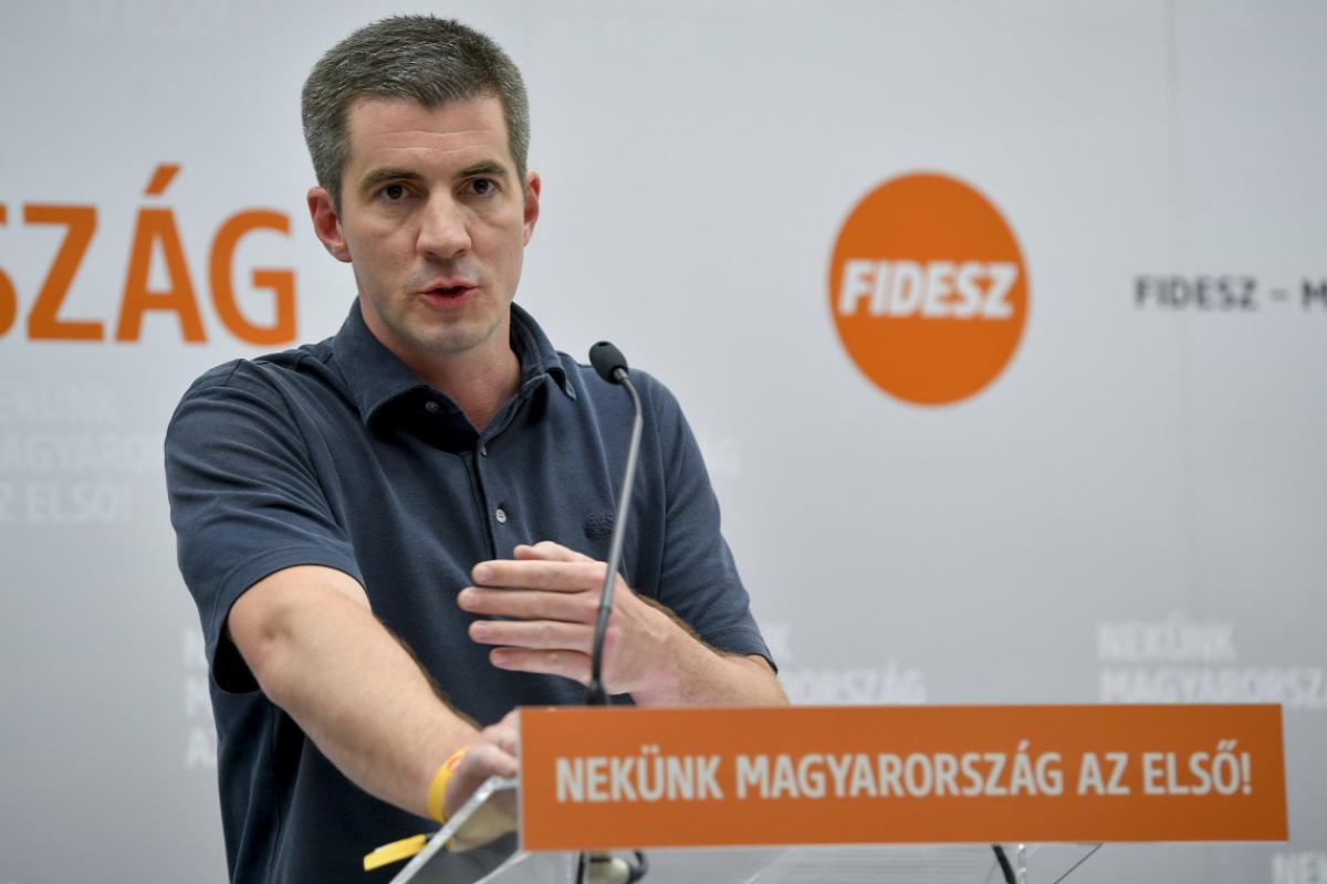 Kocsis Máté: aki nem akarja, hogy Gyurcsányék újra hazudjanak reggel, éjjel meg este, azt arra kérjük, írja alá a petíciónkat!