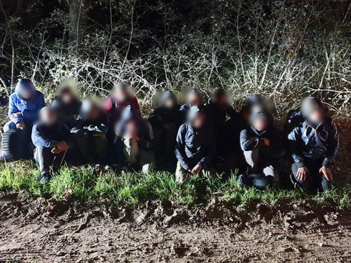 A hétvége mérlege: 737 határsértővel szemben intézkedtek a rendőrök és katonák