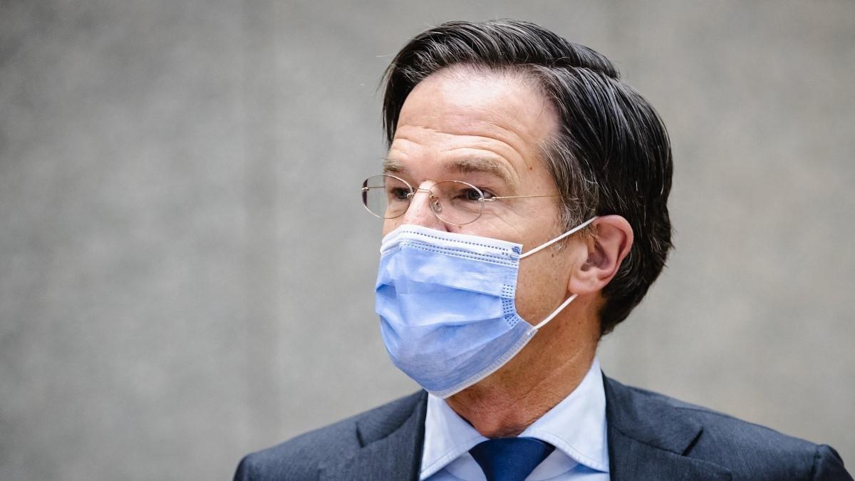 Elsietett nyitás, akadozó oltásprogram, emelkedő fertőzésszámok, megtelt kórházak Hollandiában
