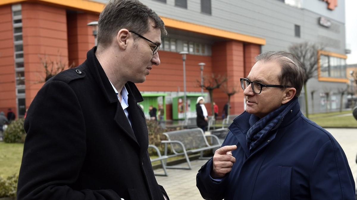 A DK visszaszólt Karácsonynak: Tóth Csaba eredetileg is Karácsony és az MSZP jelöltje volt, nem a DK-é
