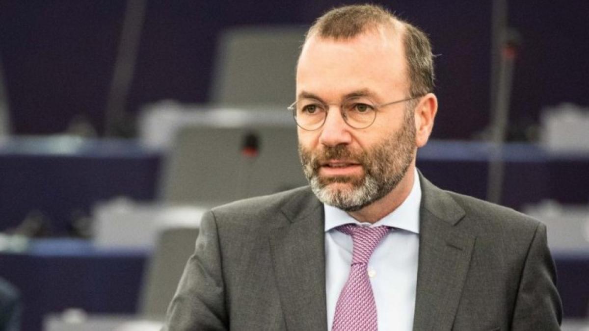 Manfred Weber megint háttal ül a moziban: az AfD-t és Marine Le Pent vádolja antiszemitizmussal, miközben migráns fiatalok szidják a zsidókat a német utcákon és Londonban