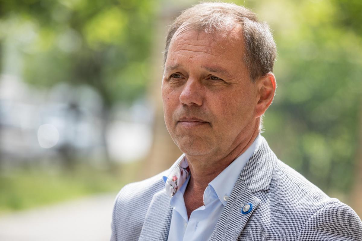 Szlávik: semmi alapja nincs annak a kijelentésnek, hogy a kínai vakcina nem hatékony