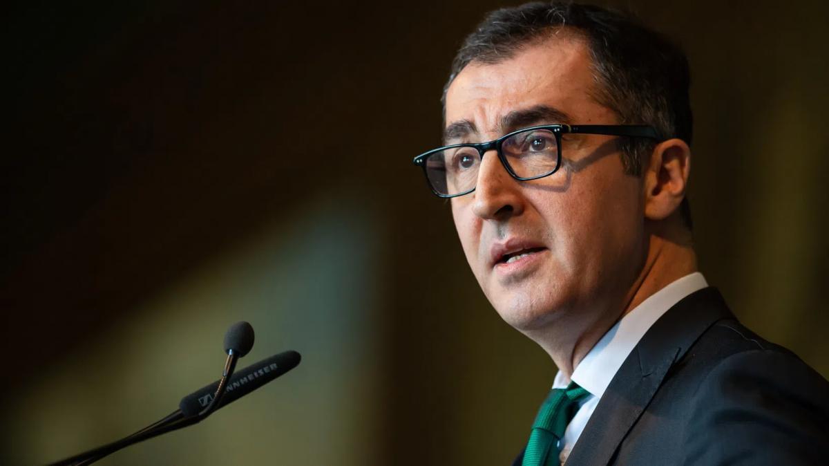 Újabb német zöld csúcspolitikus javította ki a Bundestagnak leadott jövedelemnyilatkozatát 20 500 euróval