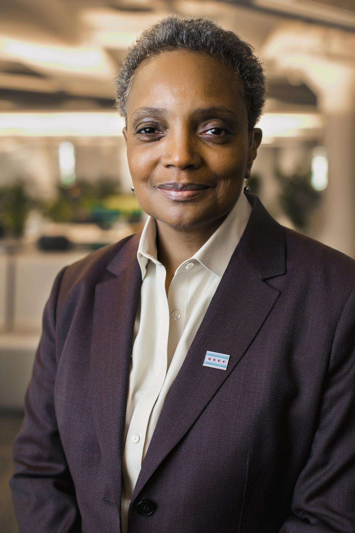 """Black Lives Matter a gyakorlatban - Lori Lightfoot chicagói polgármester szóvivője állítólag bejelentette, csak """"fekete vagy barna"""" újságíróknak ad interjút a polgármester"""
