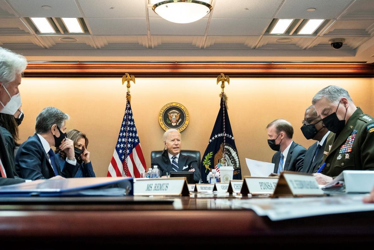 Csúfos kudarc: a CNN arról ír, a Biden-kormányzatot hibáztatják a saját szakértői