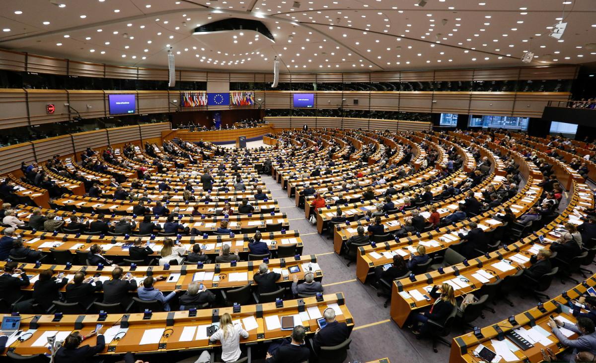 Vannak fontos dolgok Európában: a pedofil-ellenes törvényről vitatkozik szerdán az Európai Parlament