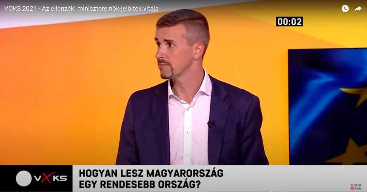 Jakab pontosan úgy beszél a 2006-os rendőrterrorról, mint főnöke, Gyurcsány Ferenc