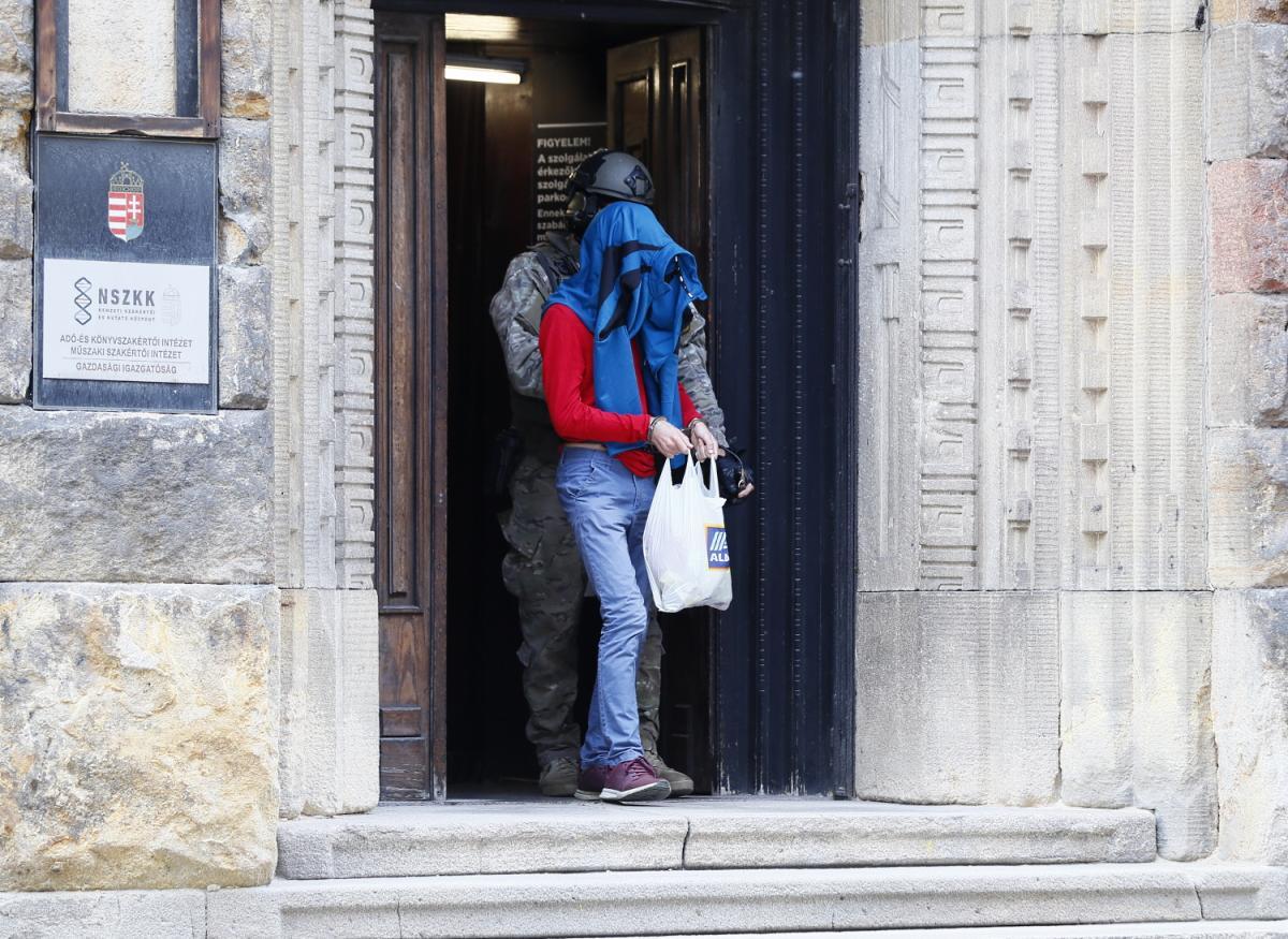 Egy külföldön elfogott laptop segítségével buktatta le a CIA a magyar iszlamista terrosristát