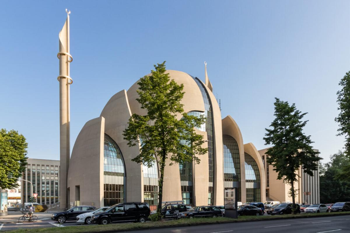 110 millió euróból imámképzés indul Németországan