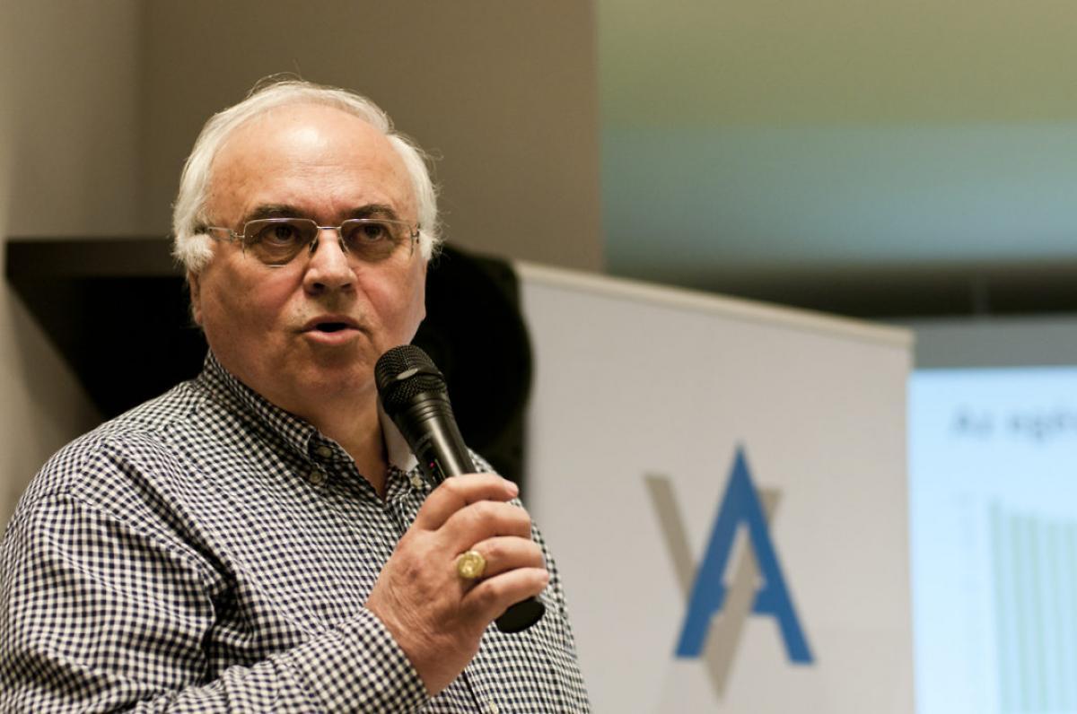 Megint kórházbezárásokról fantáziál a baloldal - László Imre, a DK egészségügyi szakértője szólta el magát