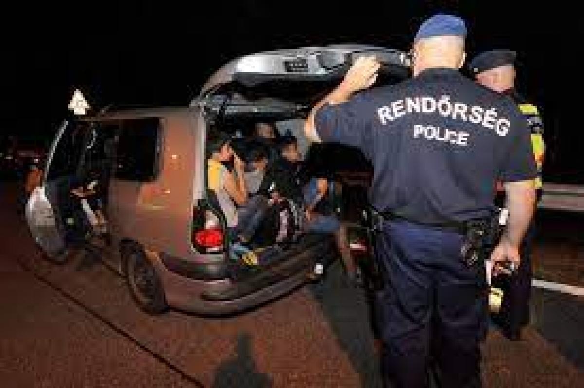 Gelejnél fogták el a 14 fős MigránsTaxit