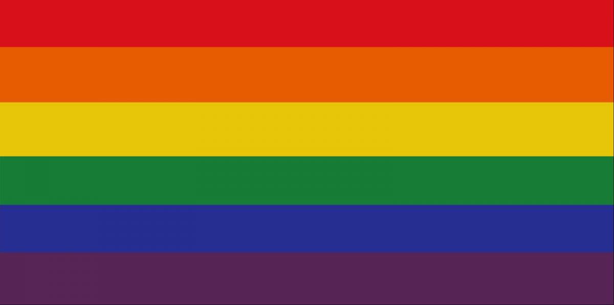 Vajon hány közpénzből kitartott pártalkalmazott kell Újbudán egy szivárványos zászló felvonásához?