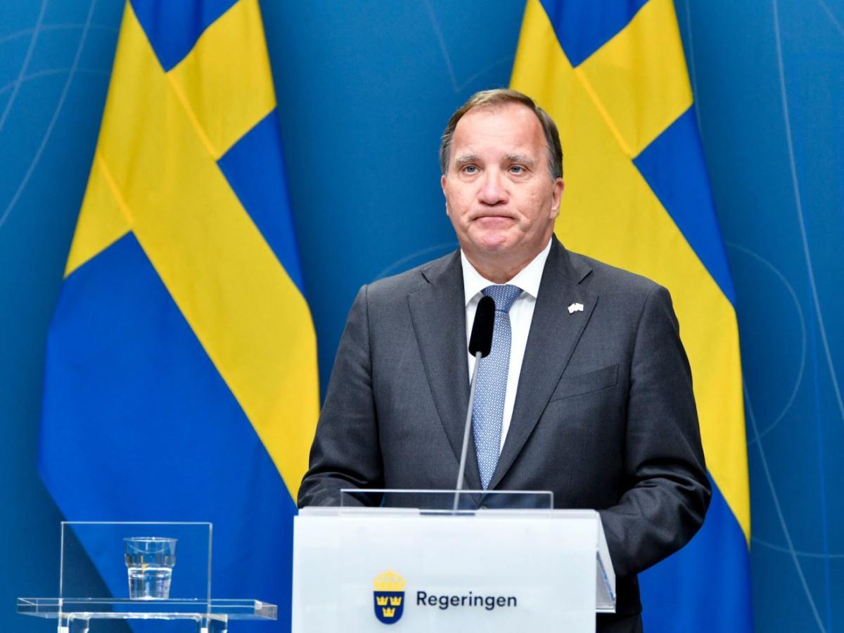 Fordulat: nagyarányú vereséget szenvedett a migrációbarát svéd miniszterelnök a bizalmi szavazáson