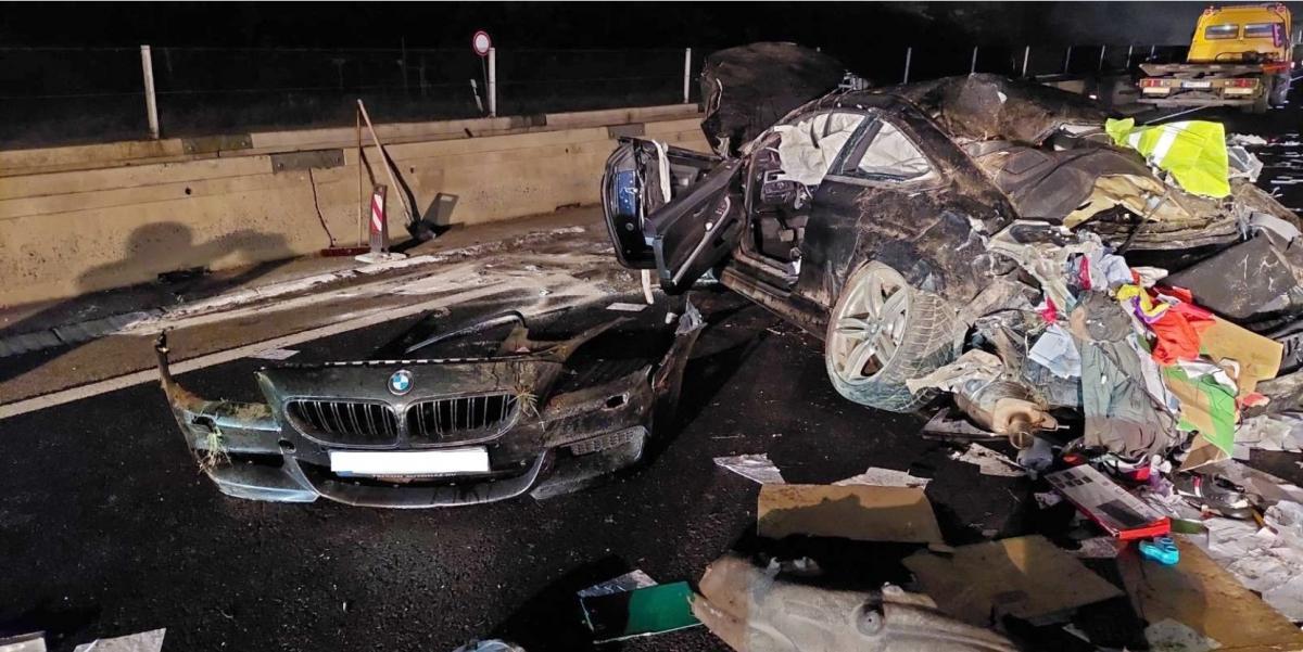 Márki-Zay elismeri, munkatársa volt korábban az a férfi, aki lezúzott egy luxus kupé BMW-t tele készpénzzel az M3-as autópályán