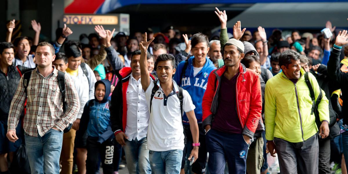 Óriási összegeket emészt fel Németországban a kiutasított, de megtűrt migránsok ellátása