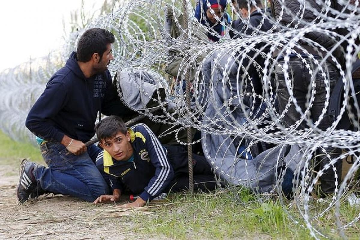 Rohamosan nő a magyar határt megsértő illegális migránsok száma