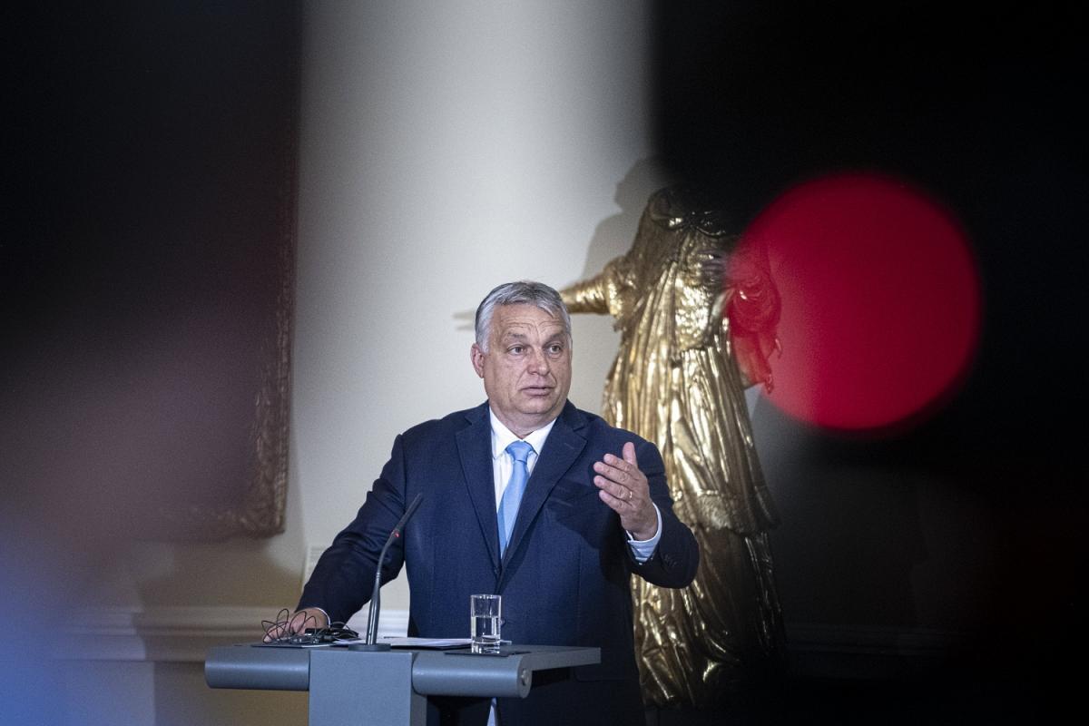 Orbán Szlovéniában: Mindenkinek fel kell készülnie egy Afganisztánból érkező migrációs hullámra