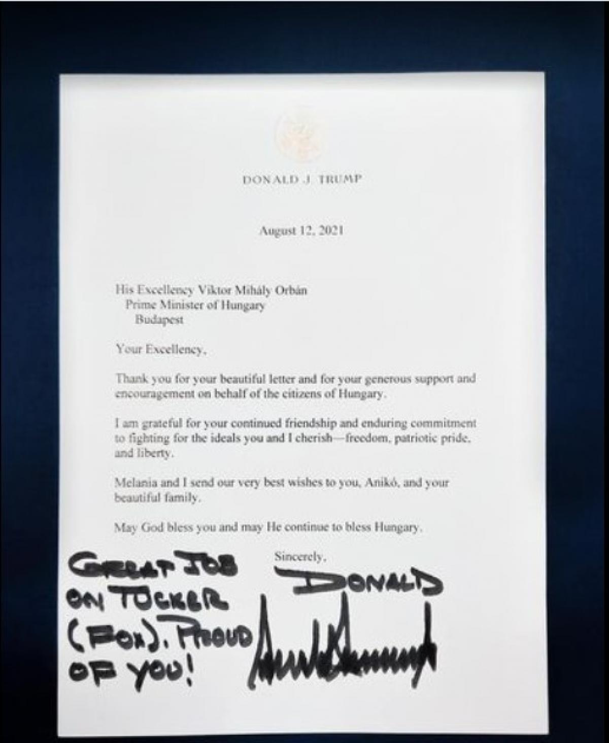 Trump elnök levélben gratulált Orbánnak a Tucker Carlson interjú után