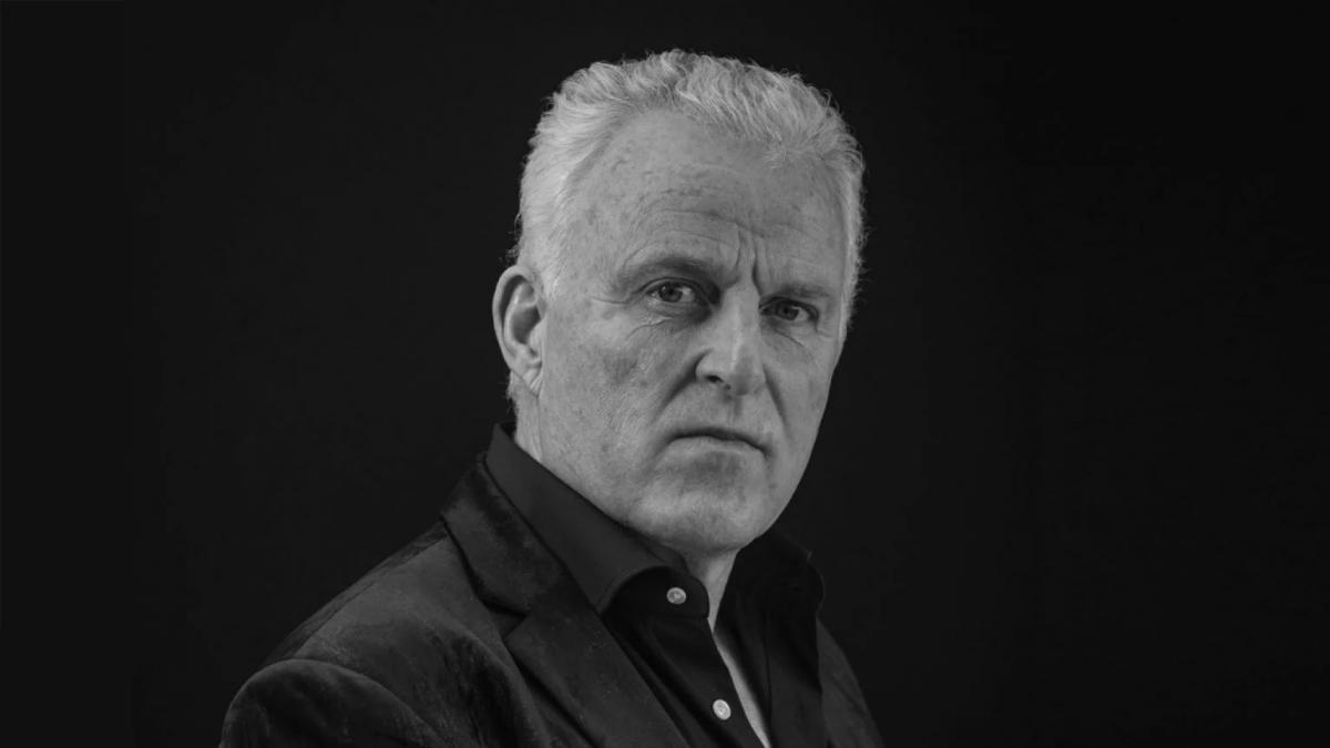 Elhunyt a Hollandiában fejbe lőtt bűnügyi újságíró