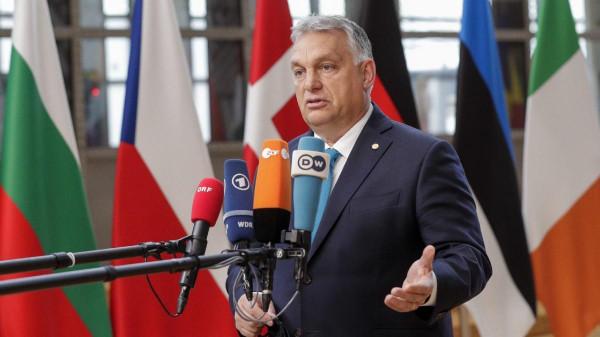 Orbán: Boszorkányüldözés folyik Európában, Magyarország kiáll a lengyelek mellett