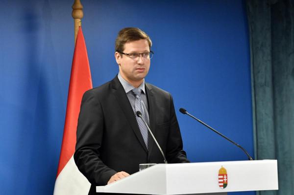 Gulyás: a Nemzetbiztonsági Bizottság össze fog ülni, és ott az ellenzéki képviselők megismerhetik a titkos információkat