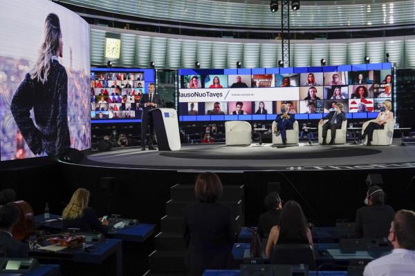 Alig 500 embert érdekelt a konferencia Európa jövőjéről