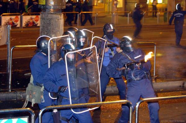 Schiffer: 2003-tól kezdve az MSZP–SZDSZ-kormányok nyíltan politikai célokra használták fel a rendőrséget a különböző tüntetéseknél