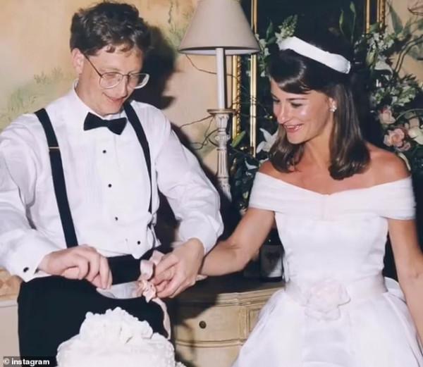 Bill Gates azt követően lépett ki a Microsoft igazgatótanácsából, hogy egy női munkatársával folytatott 2000-es viszonyára fény derült egy, a #MeToo idején írt levélből