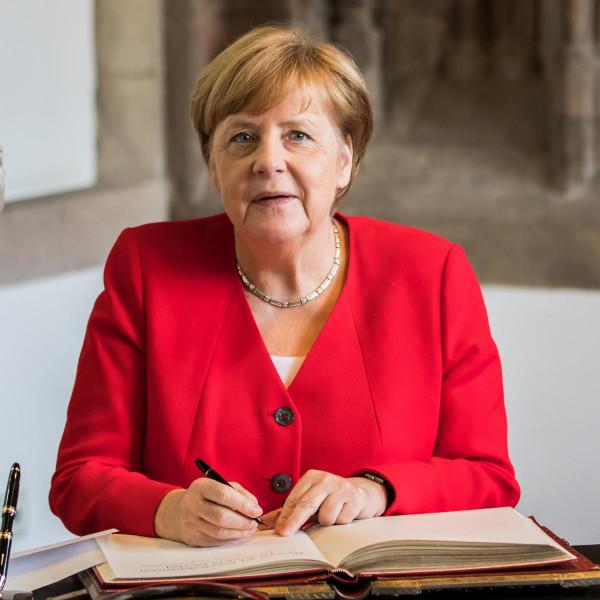 Németországban is marad a kormány különleges felhatalmazása
