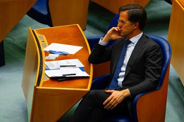 Terebélyesedik a botrány: a holland kormány titokban tárgyalt az oroszokkal az Északi Áramlat 2-ről