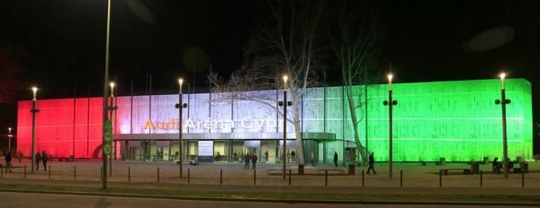 Győrben is trikolórban pompázik az aréna, a Jedlik híd és a Richter terem