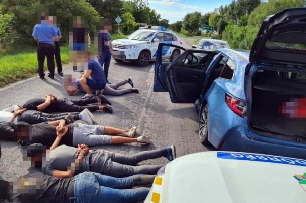 30 illegális migránst csempészett, a Nagyszentjános irányába elfutott migránsok felkutatása folyamatban van