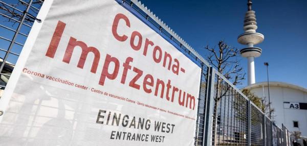 Ezreket vádolnak csalással a koronavírus-oltásoknál Németországban - egy betegjogi aktivista büntetésre szólít fel