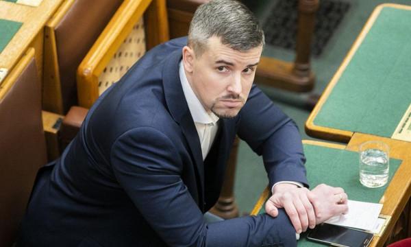 A vesztes Jakab hangján üzent Gyurcsány: ne akarjátok legyőzni Dobrevet!