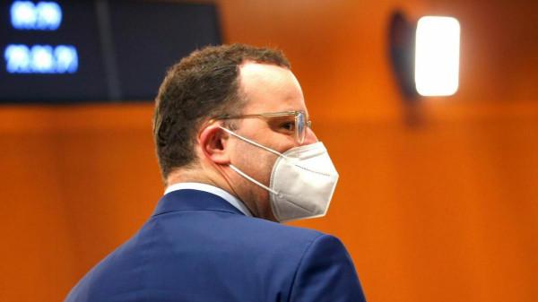 """A német egészségügyi miniszter 400 millió euróért rendelt koronavírus-elleni """"csodaszert"""", de a 90%-a raktárban van"""