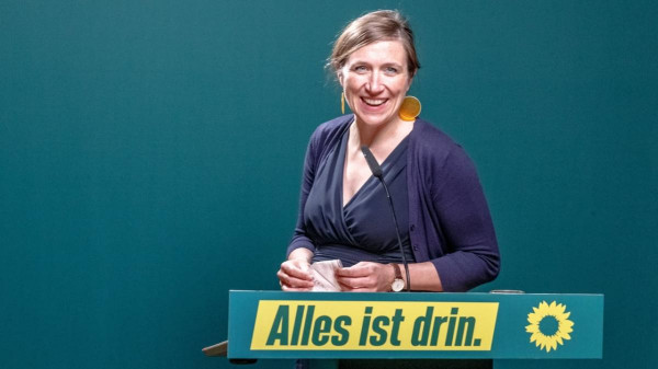 """A német zöld feminista visszaszorítaná az autók """"férfi dominanciáját"""" a városokban"""