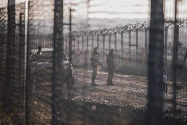Míg az ország az Államalapítást ünnepelte, 860 illegálist tartóztattak fel a rendőrök és a katonák