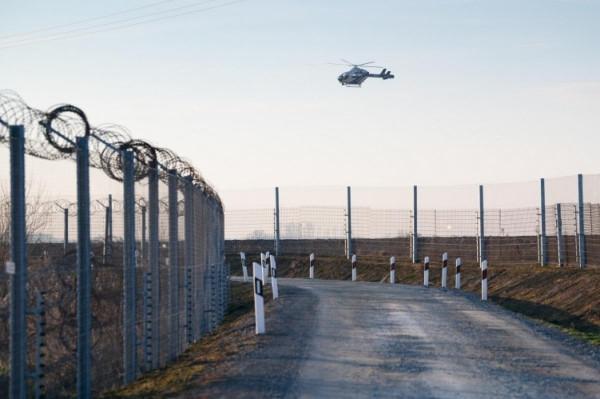 24 óra alatt 384 határsértőt tartóztattak fel a rendőrök