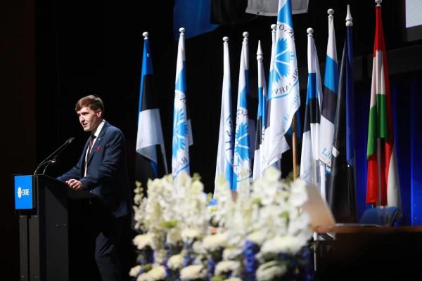 Kitűzték a magyar zászlót az észt konzervatívok vasárnapi kongresszusán