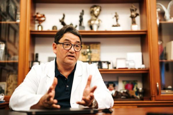 A vakcina életet ment - oltatlanul huszonötszörös a kórházba kerülés és a halál esélye, mondja Merkely Béla