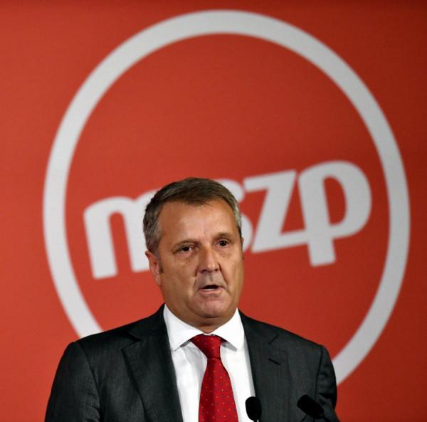 Jelöltet rabolt a DK az MSZP-től: az MSZP egykori elnöke a DK színeiben indul