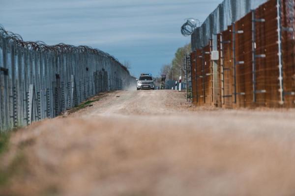 Növekedő migrációs nyomás a magyar határon: 12 óra alatt 144 elfogott migráns