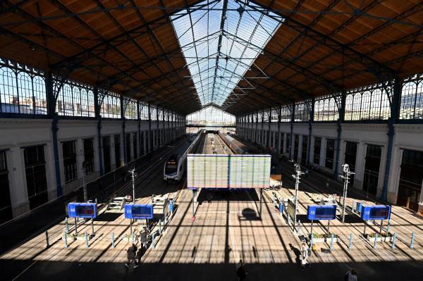 Pályázaton keresik a Nyugati pályaudvar és környékének megújítóját