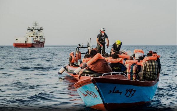 Zavartalanul folyik a migránstaxiztatatás a Földközi-tengeren