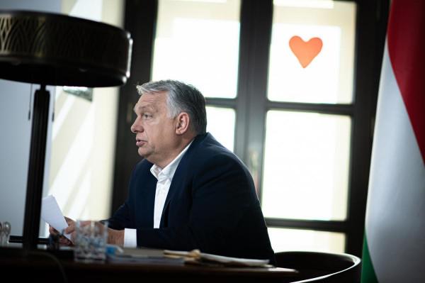 Orbán Viktor: Az oltatlanok egy súlyos betegség kockázatának vannak kitéve