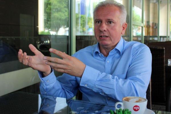 Pécs: kizárták a baloldali polgármestert abból az egyesületből, amellyel megválasztották