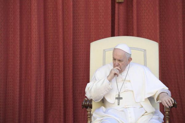Rendületlenül hazudik az ellenzéki cselédmédia: Ferenc pápa találkozni fog Áder Jánossal és Orbán Viktorral is