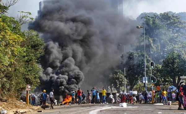 Dél-afrikai zavargások: már 72 halott és élelmiszerhiány - a kormány mozgósítja a tartalékosokat