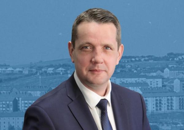 Az MSZP volt elnökhelyettese nem biztos, hogy elfogadja, hogy leveszik a tábláról